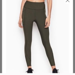 VSX Army Green 7/8 leggings medium